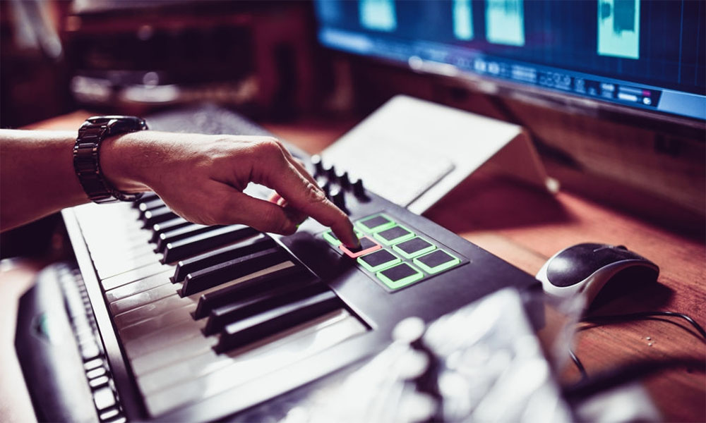 Best MIDI Keyboard Controllers With Drum Pads