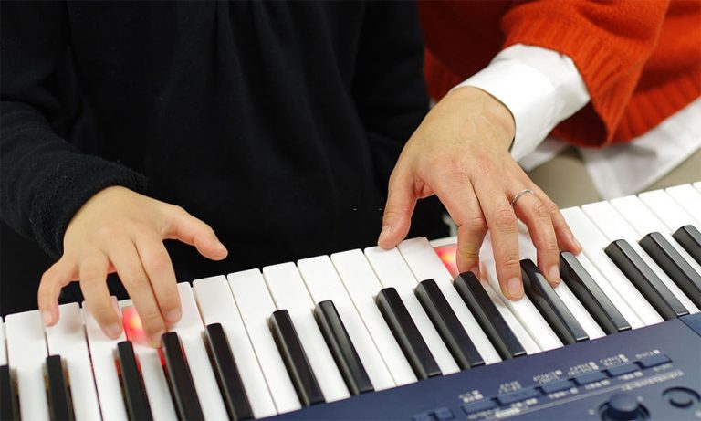Top 10 Best Lighted Keyboard Piano of 2021