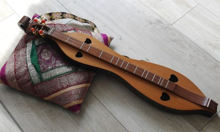 Top 10 Best Mountain Dulcimer Reviews in 2021