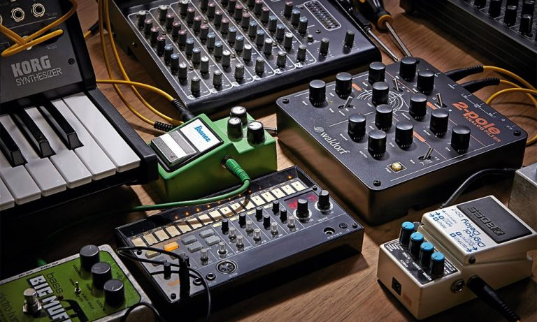 Top 10 Best Synth Pedals Reviews in 2021